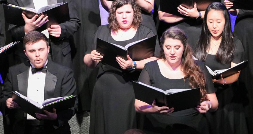 Fine Arts Department Puts on Final Spring Concert